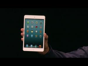 Apple iPad mini Applen tilaisuudessa
