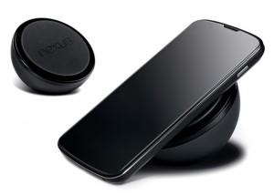 Nexus 4 ja langattoman latauksen alusta