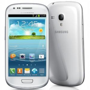 Samsung Galaxy S III Mini edestä ja takaa