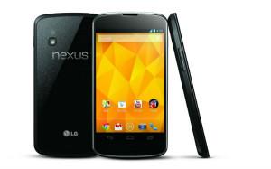 Nykyinen Nexus 4 takaa, edestä ja sivulta