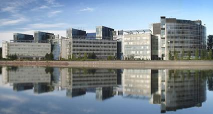 Nokian Keilaniemen pääkonttori, josta tulee perjantaista alkaen Microsoftin toimipiste