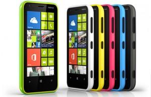 Nokia Lumia 620 eri väreissä