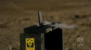 Lumia 920:aa ammutaan AK-47:lla