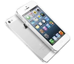 Apple iPhone 5 valkoisena