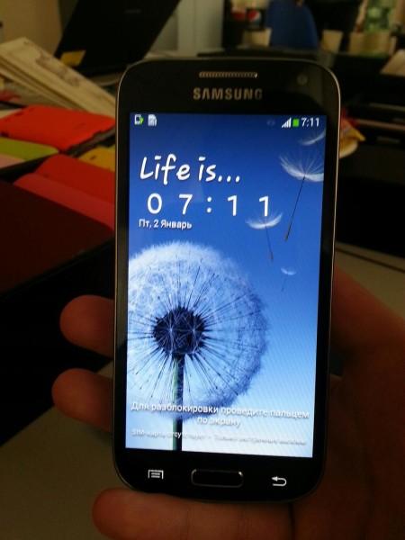 Samsung Galaxy S4 Mini SamMobilen julkaisemassa kuvassa