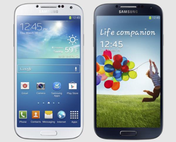 Samsung Galaxy S4 valkoisena ja mustana
