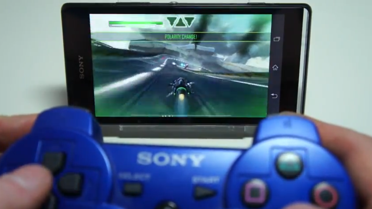 Sony Xperia SP ja DUALSHOCK 3 -peliohjain