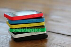 Nokia Asha 501 useissa eri väreissä @evleaksin julkaisemassa kuvassa