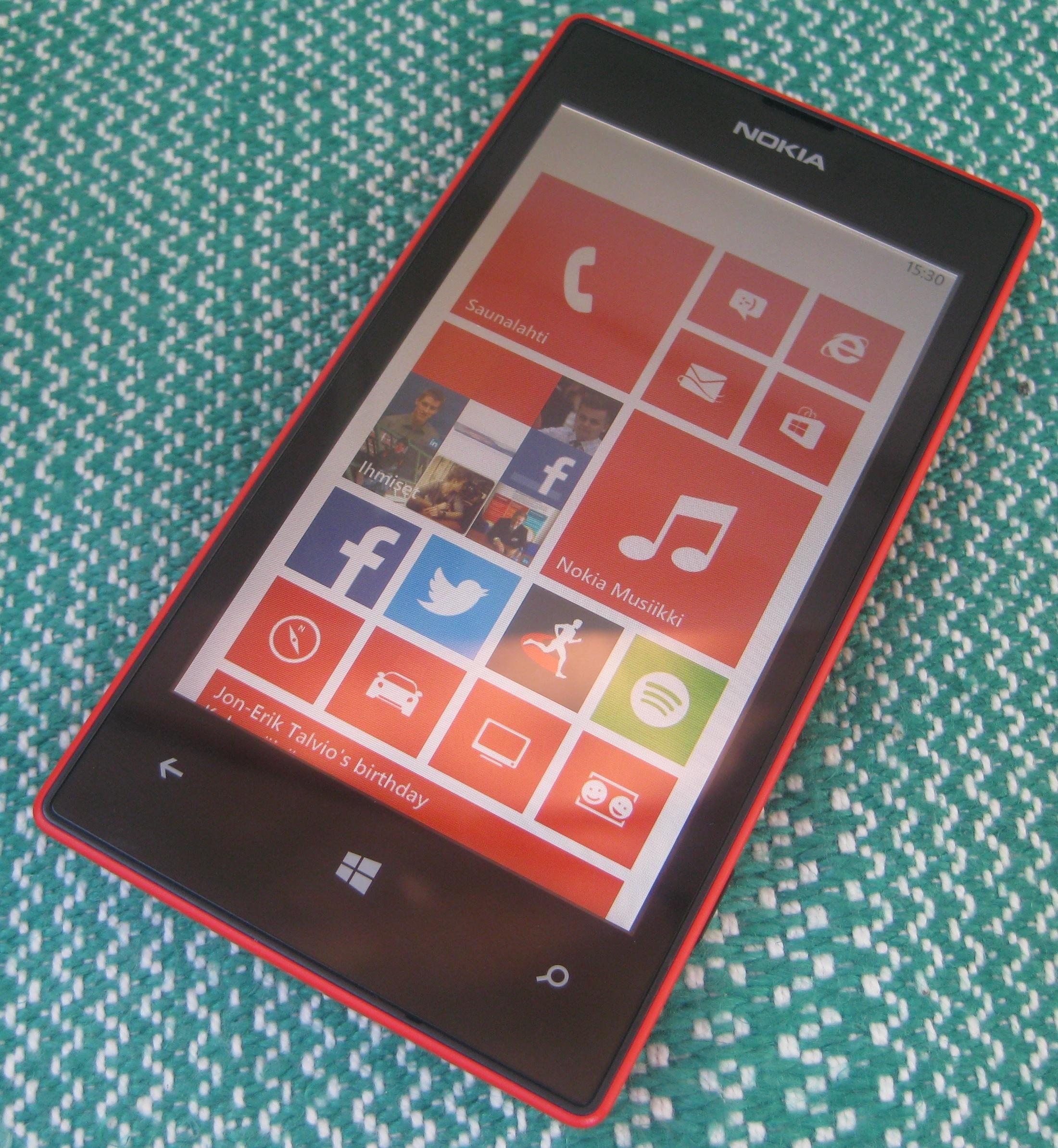 Nokia Lumia 520 edestä