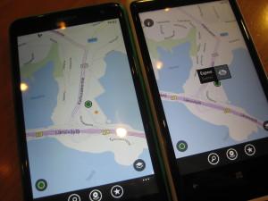Lumia 625 (näytössä 201 pikseliä tuumaa kohti) vasemmalla ja Lumia 920 oikealla (näytössä 332 pikseliä tuumaa kohti)