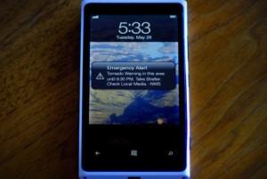 Nokia Lumia 920 ja iOS-käyttöjärjestelmä FEMA:n videolla