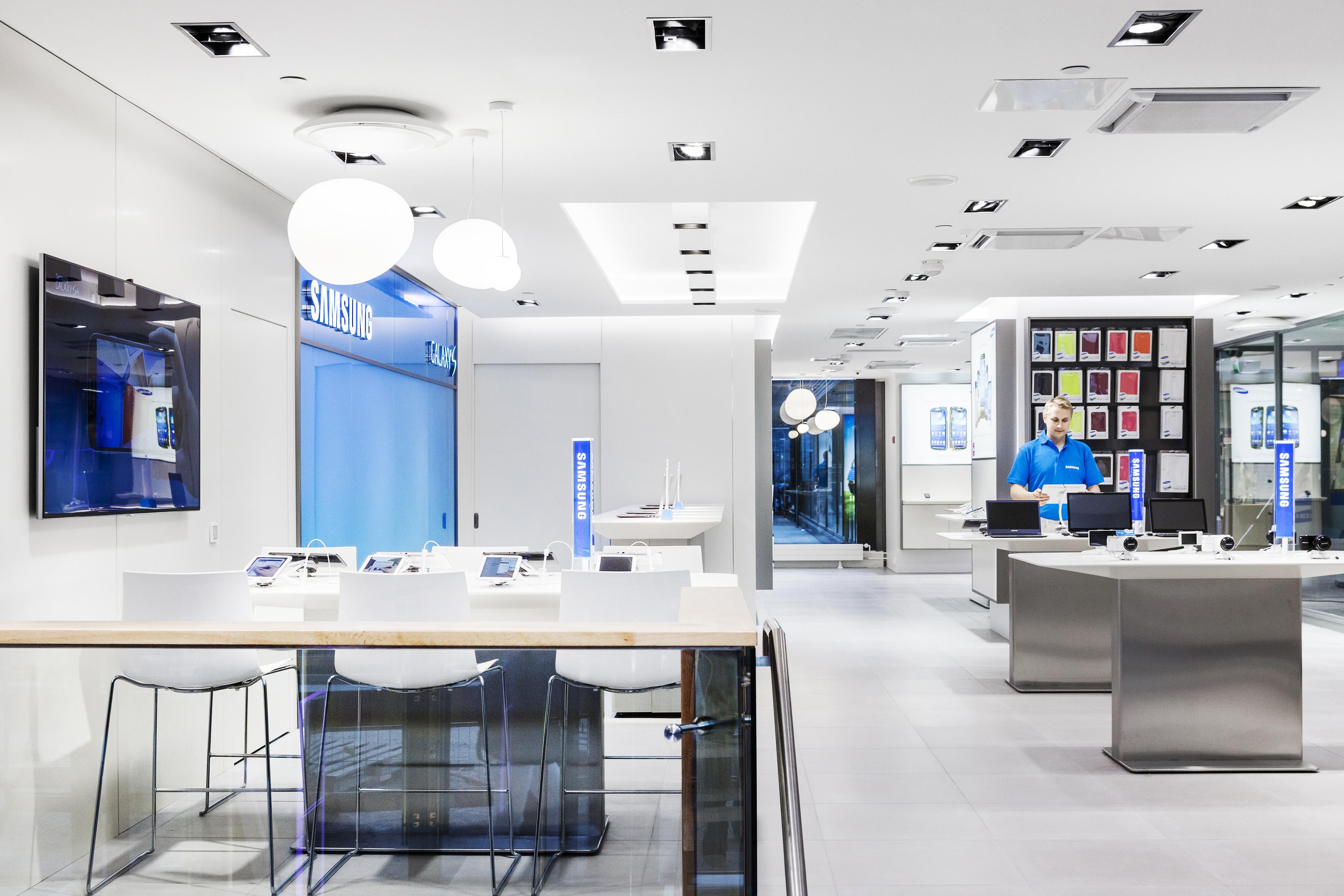 Samsungin myymälä Citycenter-kauppakeskuksessa