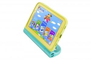 Samsung Galaxy Tab 3 Kids ja seisontatuen tarjoava kotelo