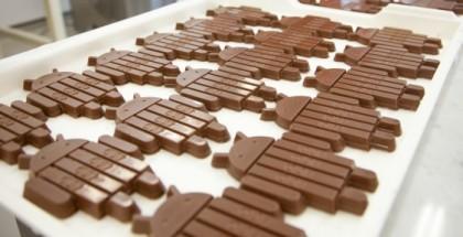 Android-robottia mukailevia KitKat-suklaapatukoita