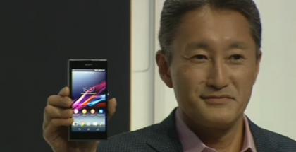 Sonyn pääjohtaja Kazuo Hirai aiemmin julkistamassa uutta Xperia-puhelinta.