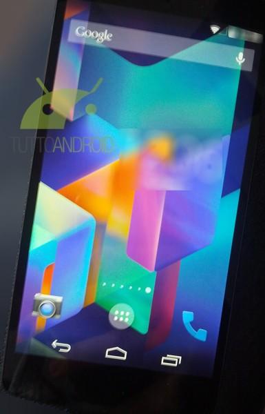 Android KitKatin aloitusnäyttö
