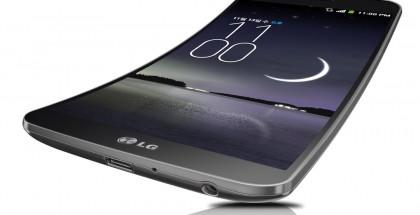 LG G Flex on kaareva
