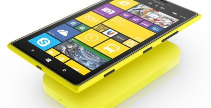 Nokia Lumia 1520 ja langaton DC-50-latauslaite