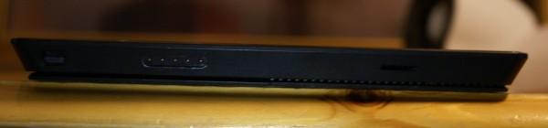 Surface Pro 2:n latausliitäntä sekä muistikorttipaikka