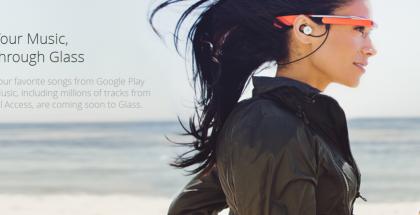 Google Glass -älylasit ja Google korvanappikuulokkeet