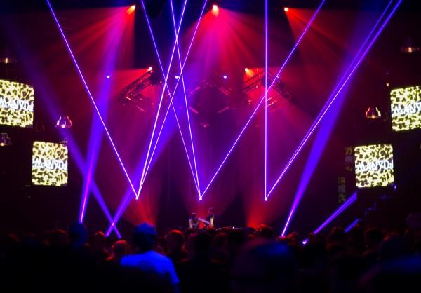 Slushin keskiviikon Supercell-bileissä soitti 2manydjs. Kuva: Sami Heiskanen.