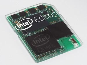 Intel Edison - SD-kortin kokoon tietokoneeksi koottu piirikokonaisuus
