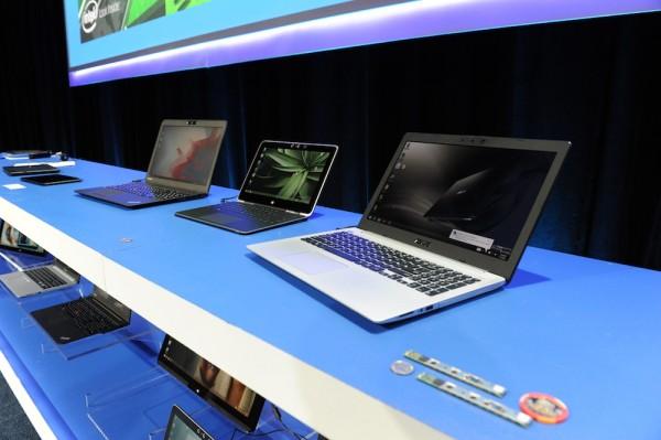 Intel RealSensellä varustettuja laitteita
