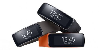 Samsung Gear Fit eri väreissä