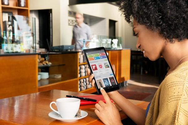 Aiemmin Googlen videolta bongattu tablettilaite, joka oli joko kuvanmuokkauksella venytetty Nexus 7 tai ehkä uusi Nexus 8
