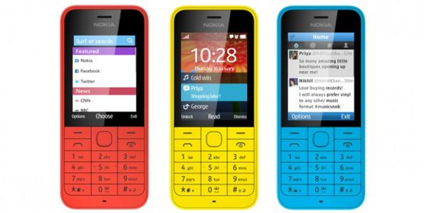 Nokia 220 eri värivaihtoehtoina