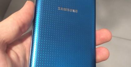 Samsung Galaxy S5 takaa