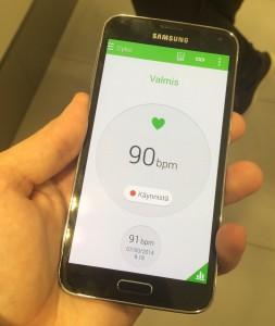 Sykemittari toimii Galaxy S5:ssä mukavasti - mutta kuinka hyödyllinen se puhelimessa on?