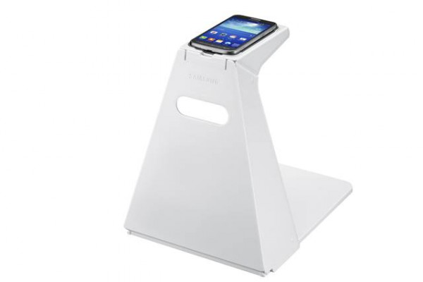 Samsung Galaxy Core Advance ja Optical Scan Stand -teline