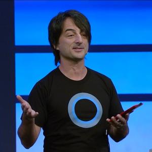 Microsoftin käyttöjärjestelmäkehitystä vetävä Joe Belfiore esitteli uutta Windows Phone 8.1:tä ja Windows 8.1:n päivitystä - sekä myös Belfioren paidassa logona esiintyvää uutta Cortanaa