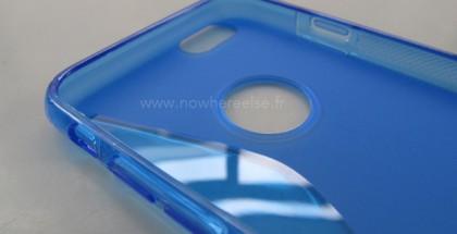Väitetty uuden suuremman iPhonen silikonisuojakuori Nowhereelse.fr:n kuvassa - huomaa oikean reunan paikka lukituspainikkeelle