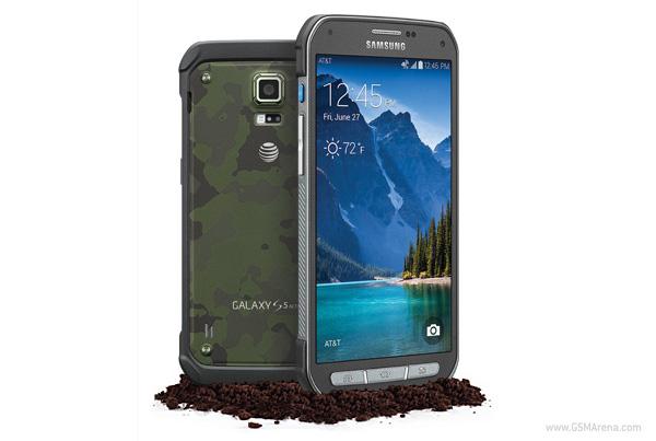 Samsung Galaxy S5 Active armeijakuosissa