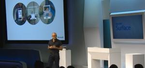 Microsoftin pääjohtaja Satya Nadella tänäisessä tilaisuudessa