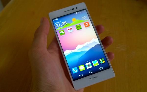 Huawei Ascend P7:n näyttö on kirkas ja terävä
