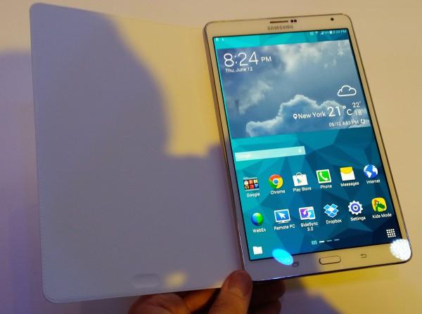 Galaxy Tab S 8.4 edestä