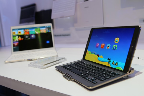 Samsung Galaxy Tab S:n Bluetooth Keyboard. Kuva: Lasse Pulkkinen