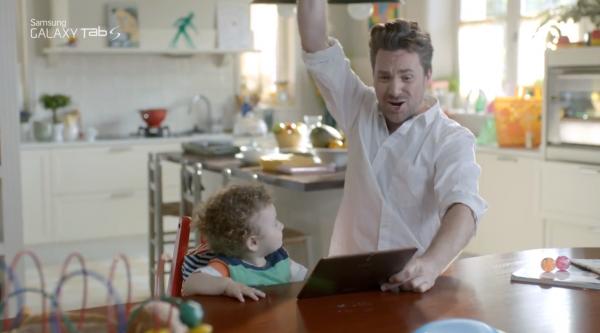 YouTube-kuvakaappaus Samsung Galaxy Tab S -mainosvideosta