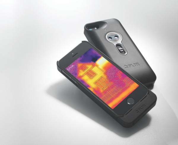 Flir One -lämpökamera iPhonelle
