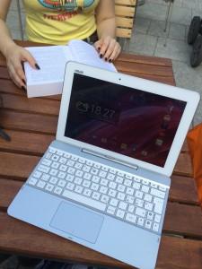 Asus Transformer PadTF103 - tabletti ja miniläppäri