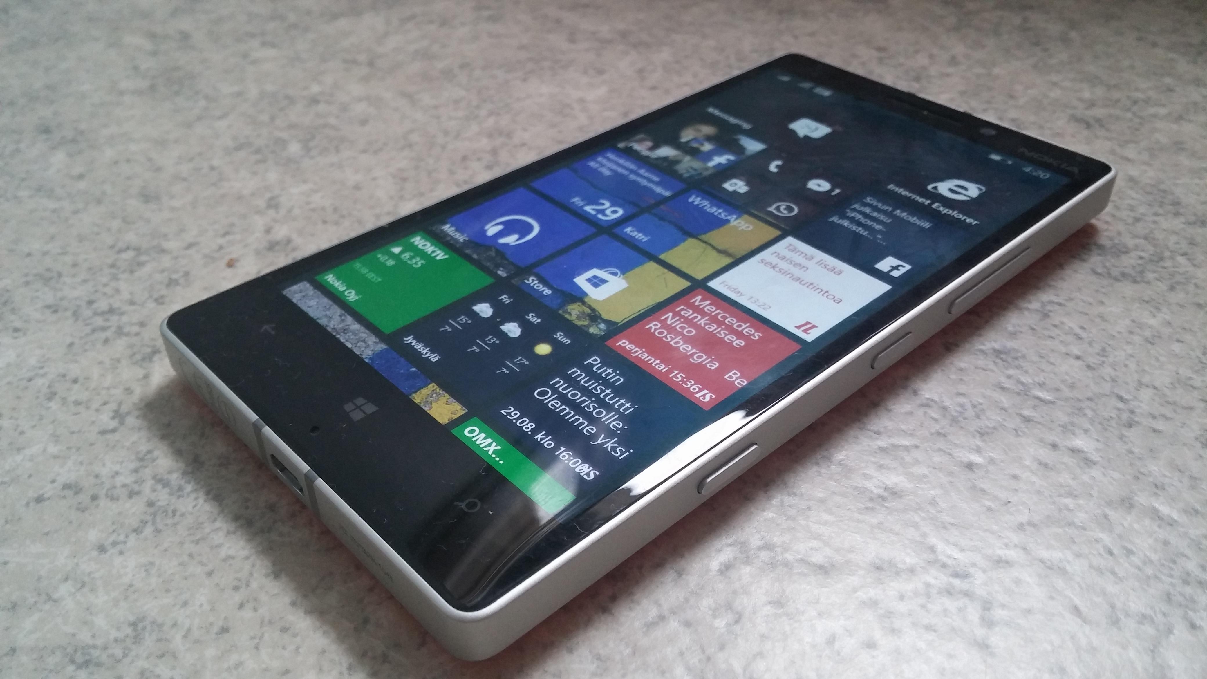 Arvostelussa Nokia Lumia 930 Parasta Lumiaa T 228 H 228 N