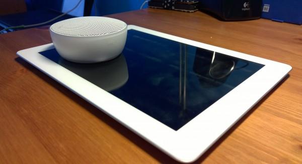 Nokia MD-12 4. sukupolven iPadin kanssa