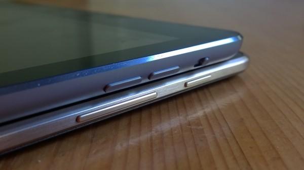 Tablettien äänenvoimakkuuden säätönäppäimet sekä Samsungin lukitusnäppäin ja Applen toimintonäppäin