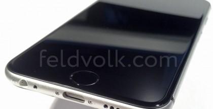 """Vuotokuvassa näkyy """"iPhone 6:n"""" näyttö paikoillaan takakuoren päällä"""