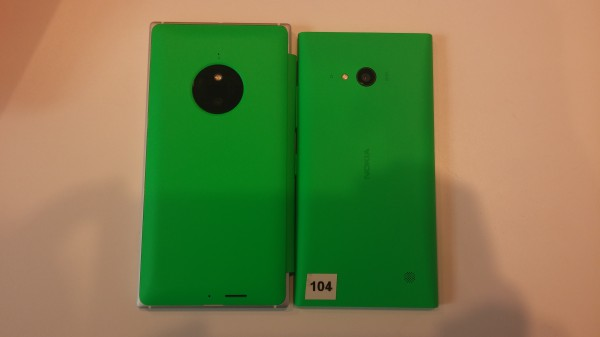 Lumia 830 ja Lumia 730