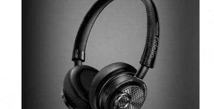 Philips Fidelio M2L:t ovat ensimmäisenä markkinoille ennättävät kuulokkeet, jotka käyttävät Applen digitaalista Lightning-liitäntää