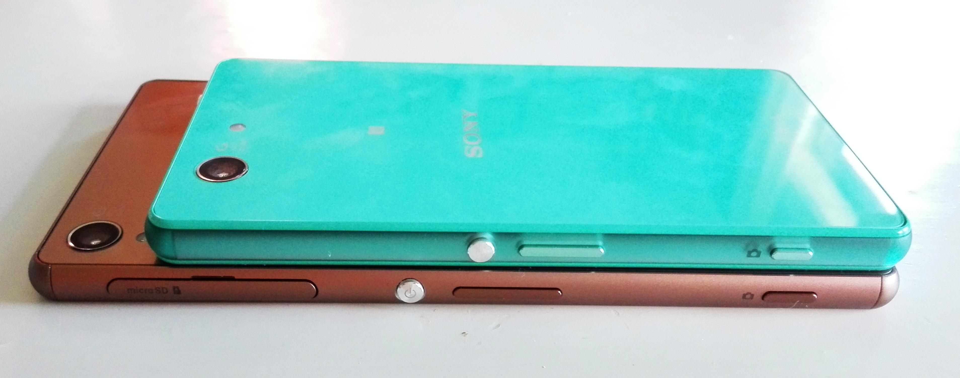Xperia Z3 Compact on yllättävinkin paljon Z3-mallia pienempi